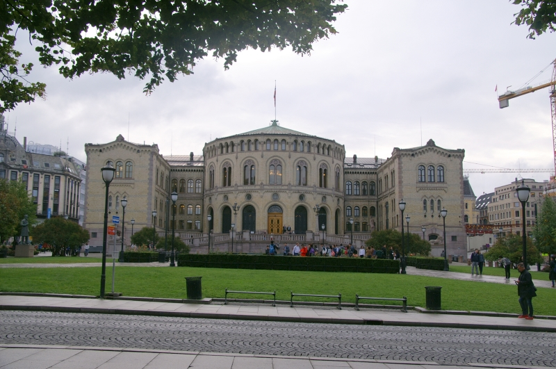 2018-NDK 975 Oslo le parlement